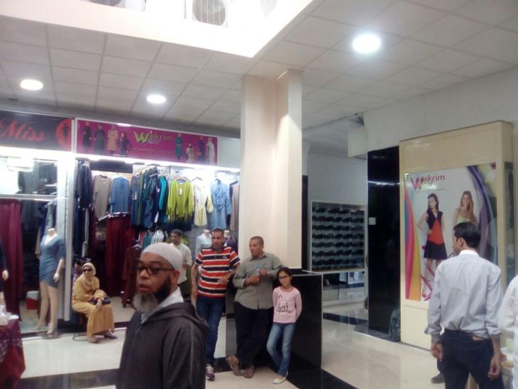 قيسارية الفتح بالمدينة العتيقة لمراكش تكتسي حلة جديدة بعد أشهر من الإغلاق الإضطراري + صور وفيديو