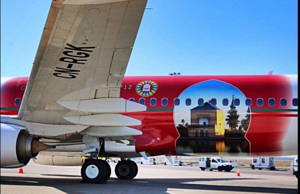 طائرات الخطوط الملكية المغربية تكتسي الوان قمة مراكش للمناخ + صور