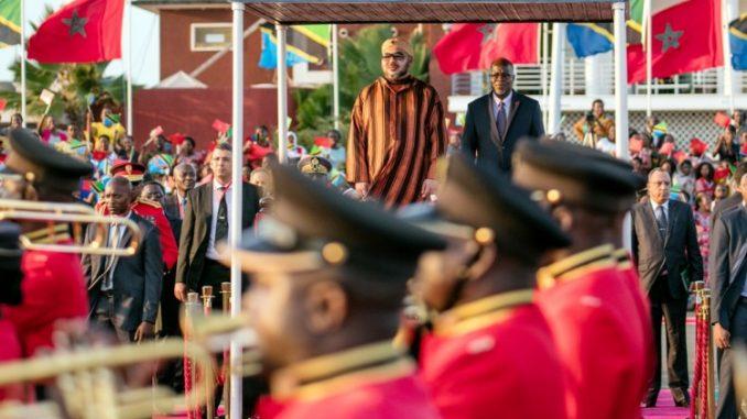 الملك محمد السادس يغادر دار السلام في أعقاب زيارة رسمية لتنزانيا