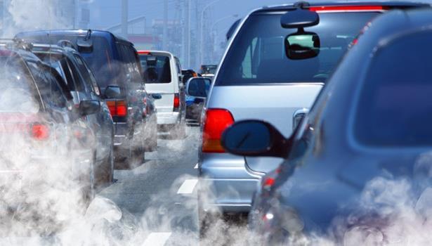 تلوث الهواء يتلف الأوعية الدموية وقد يسبب أمراض القلب حتى عند الشبان
