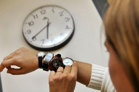 هذا عدد الساعات الذي يفصل المغاربة عن موعد الرجوع إلى الساعة القانونية