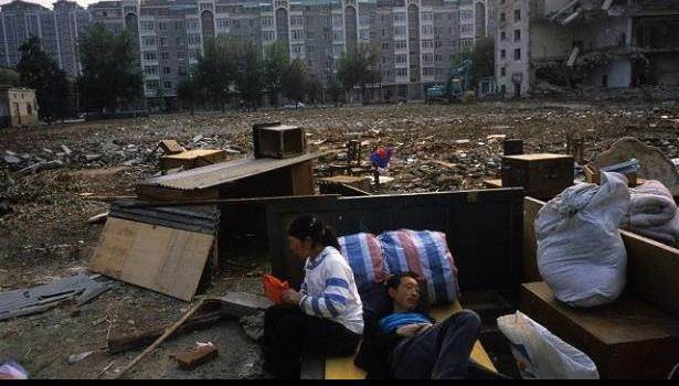 الصين تستثمر 140 مليار دولار في نقل الفقراء إلى مناطق أفضل