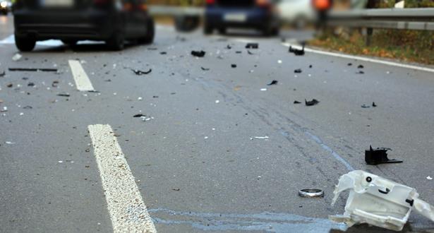 مصرع ثلاثة أشخاص وإصابة أخرين في حادثة سير مروعة ببني ملال