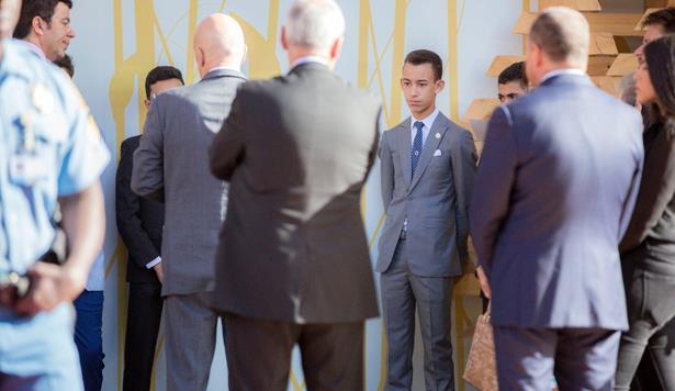 ولي العهد الأمير مولاي الحسن يقوم بزيارة الرواق المغربي بموقع باب إيغلي بمراكش