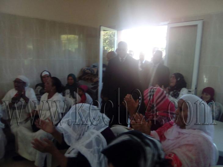 الوالي البجيوي يتفقد أحوال نزلاء دار البر والإحسان في ذكرى عيد الإستقلال بمراكش + صور
