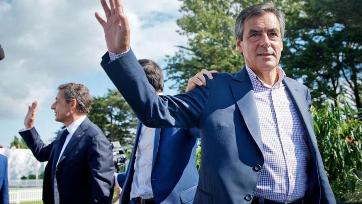 فرانسوا فيون يتصدر الانتخابات التمهيدية الفرنسية وساركوزي ينسحب من السياسة