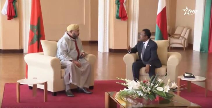 الملك محمد السادس ورئيس جمهورية مدغشقر يترأسان حفل التوقيع على 22 اتفاقية للتعاون الثنائي