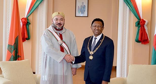 جلالة الملك ورئيس مدغشقر يعطيان بأنتسيرابي انطلاقة أشغال بناء مستشفى للأم والطفل ومركب للتكوين المهني