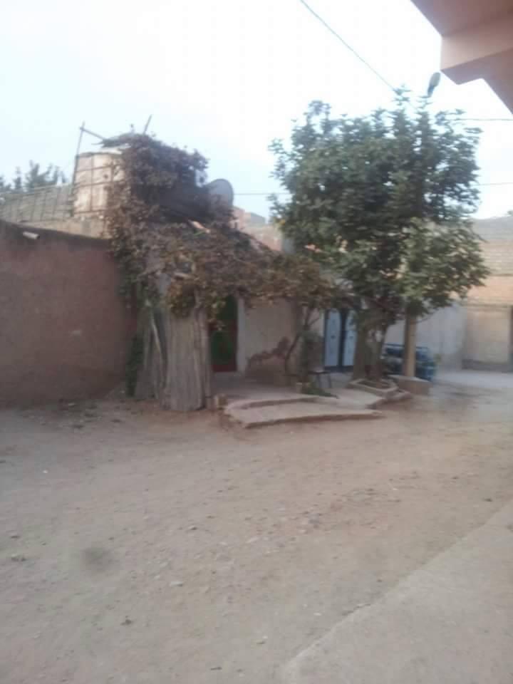 مواطنون يعانون تحت جدران السكن الغير اللائق ببوعكاز بحي المحاميد بمراكش + صور