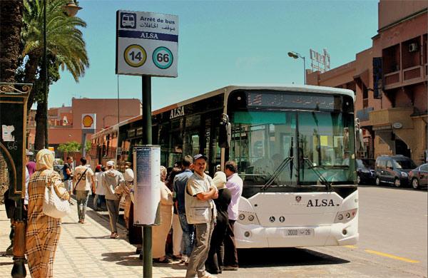 الجمعية المغربية لحقوق الإنسان تشجب الزيادات في تسعيرة النقل الحضري ونهب جيوب المواطنين بمراكش