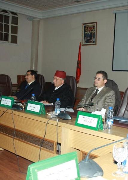 عامل إقليم الحوز يترأس اجتماع اللجنة التقنية المحلية لبلدية أمزميز