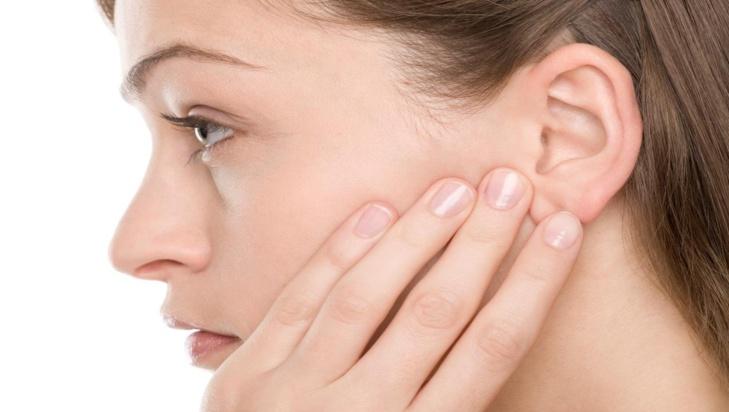 هل يمكنك علاج الاذن المسدودة في المنزل؟