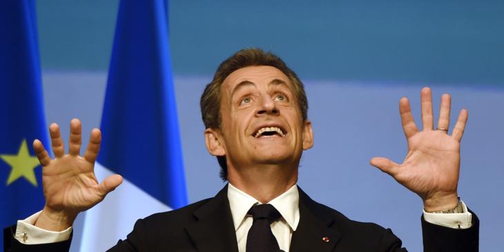 بعد هزيمته وفوز فرانسوا فيون : نيكولا ساركوزي يحل بمراكش