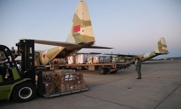 وصول أول شحنة من المساعدات الإنسانية المغربية لفائدة المهاجرين المطرودين من الجزائر الى النيجر