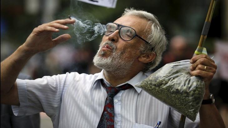 مجلس الشيوخ المكسيكي يسمح بتعاطي الماريخوانا