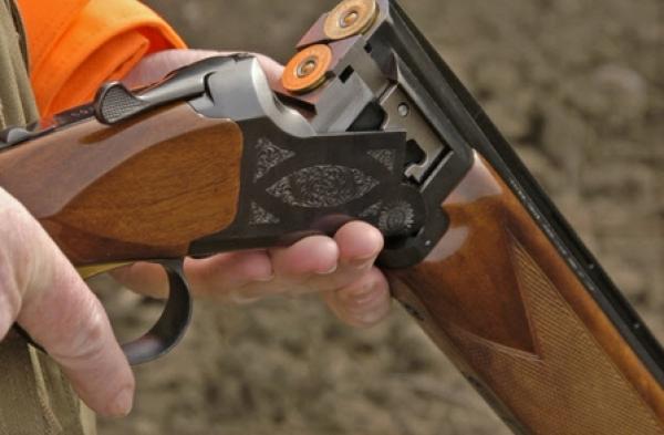 طلقة طائشة من بندقية صيد تنهي حياة سيدة في عقدها الخامس