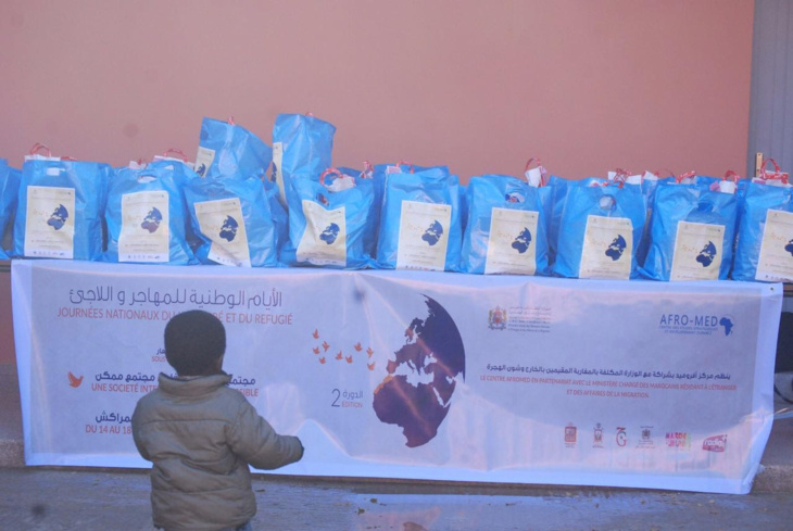مركز افروميد يوزع المساعدات الانسانية لفائدة المهاجرين بمراكش+ صور
