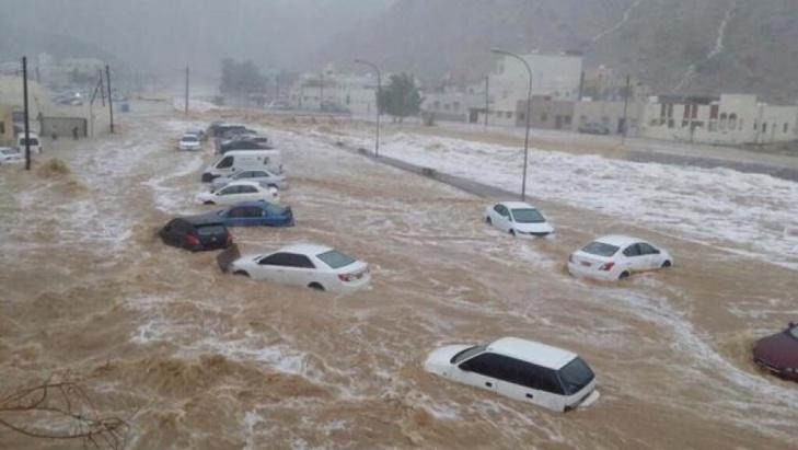 مغربي يفارق الحياة بعدما جرفته السيول في إقليم مورسيا بإسبانيا