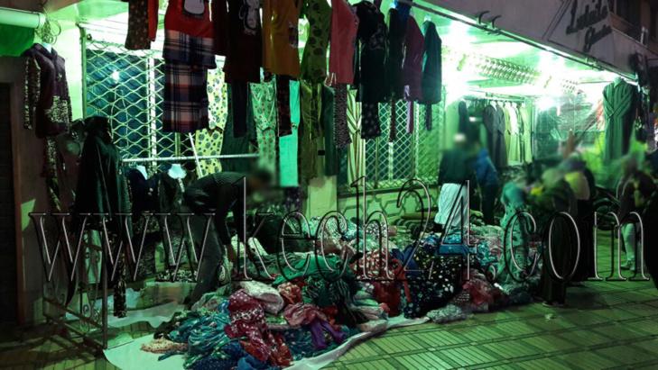 مقهى بمركش تتحول إلى محل لبيع الملابس بشكل عشوائي والسلطة المحلية تتدخل + صور