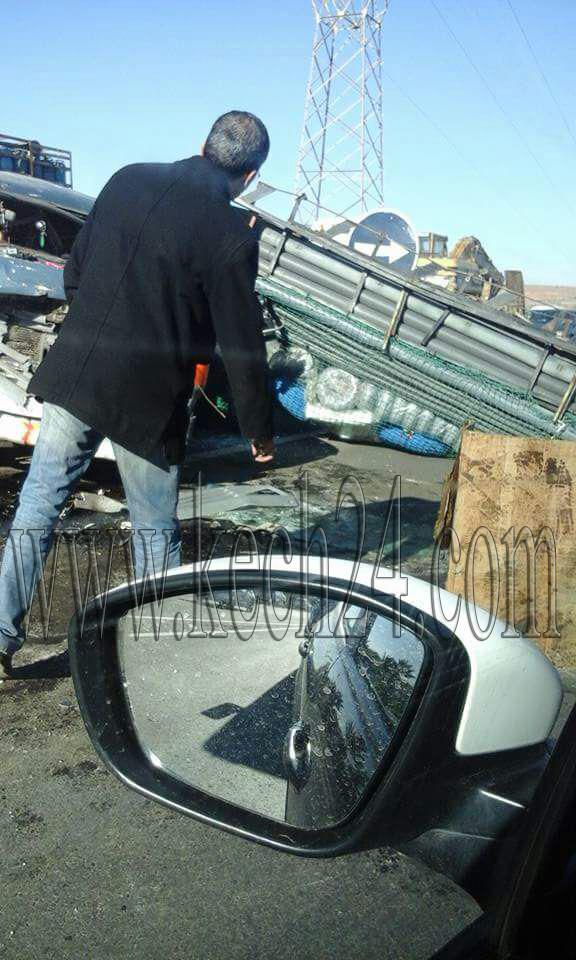 عاجل: حادثة سير خطيرة بمدخل مدينة تامنصورت وأنباء عن سقوط قتيل + صور