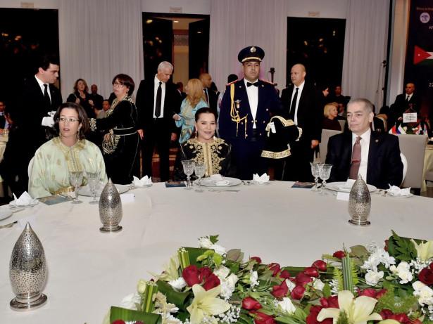 الأميرة للاحسناء تترأس بالرباط حفل عشاء خيري