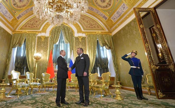 الملك يعزي الرئيس فلاديمير بوتين إثر حادث تحطم طائرة عسكرية روسية
