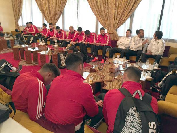 بعثة المنتخب الوطني الأول تغادر المغرب في اتجاه دولة الإمارات العربية المتحدة