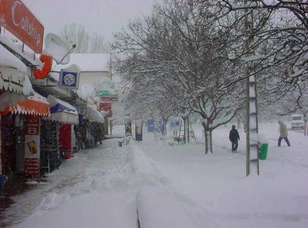انخفاض شديد لدرجات الحرارة في آخر أيام السنة بالعديد من المدن