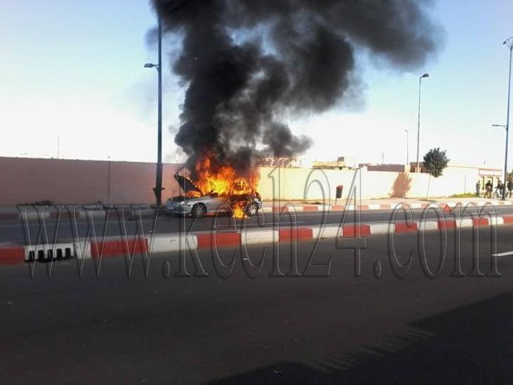 عاجل: النيران تلتهم سيارة بشارع الحسن الثاني بمراكش + صور