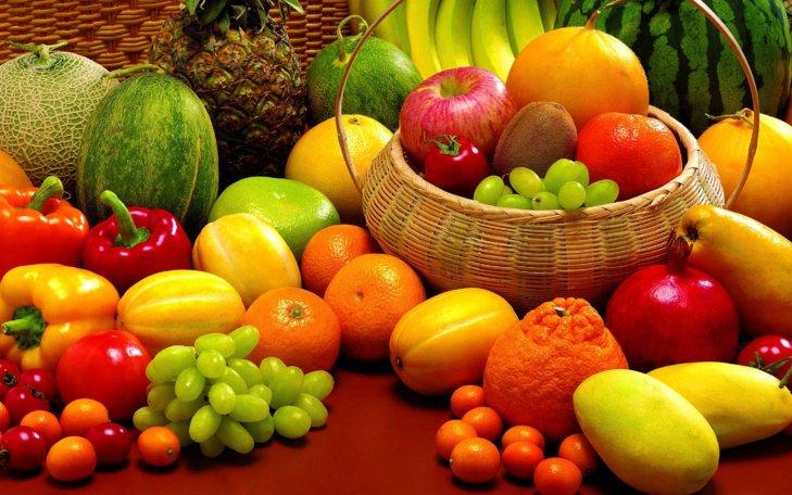 علماء إيطاليون: الفواكه يمكن أن تطيل عمر الإنسان
