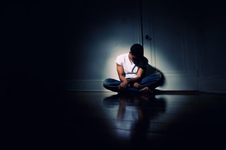 من القلق إلى الاكتئاب الحاد.. تعرَّف على أفضل 5 طرق للتعامل مع تقلُّب المزاج