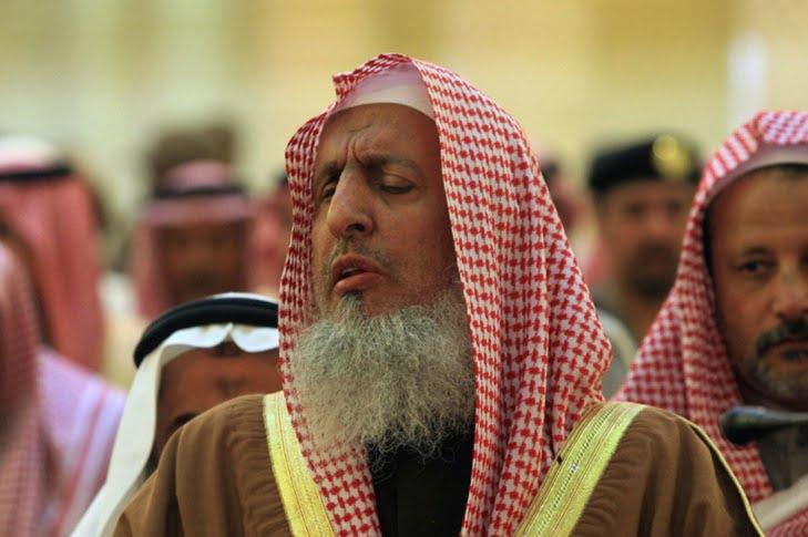المفتي العام للسعودية آش قال على السينما والحفلات الغنائية