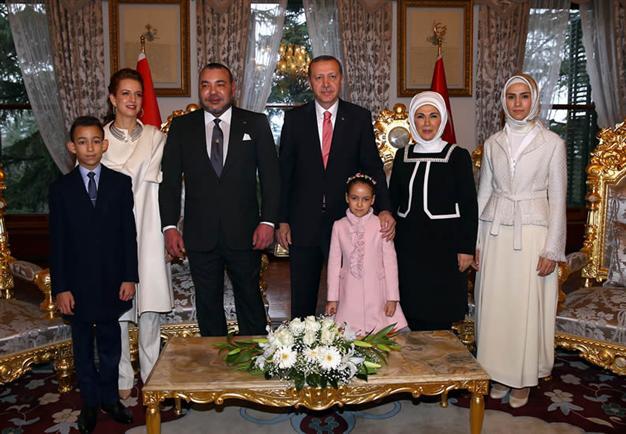 الرئيس التركي يعبر عن إعجابه واحترامه العميق للملك ويدعوه لزيارة تركيا