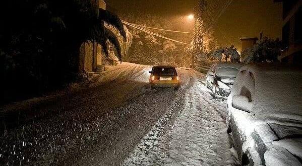 وزارة التجهيز والنقل تدعو مستعملي الطريق إلى تأجيل تنقلاتهم بسبب الثلوج
