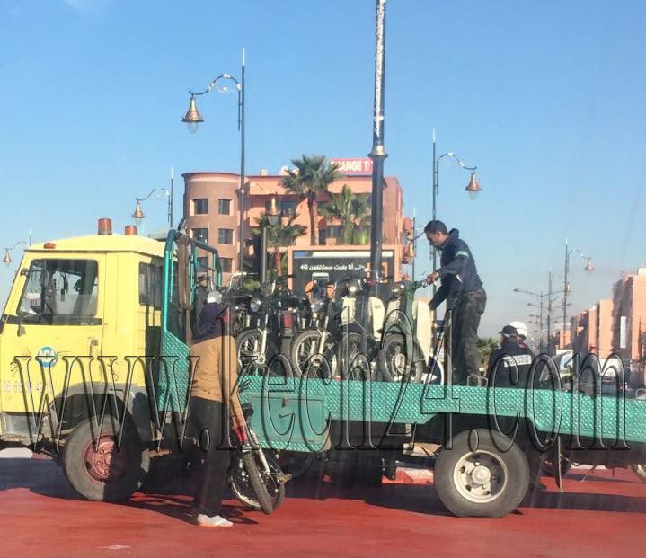 شرطة المرور تشن حملة واسعة ضد أصحاب الدراجات النارية بمراكش + صورة