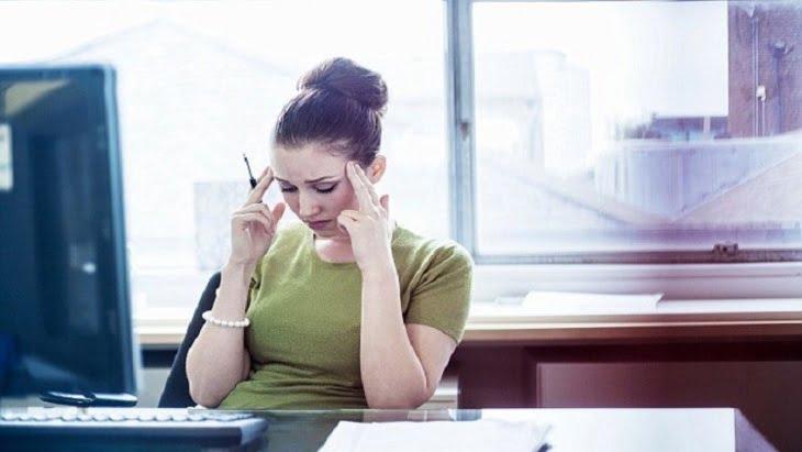 العمل المثير للتوتر يؤدي للإصابة بـ 5 أنواع من السرطان