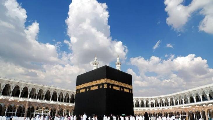 لهذا السبب يمنع تحليق الطائرات فوق سماء مكة المكرمة