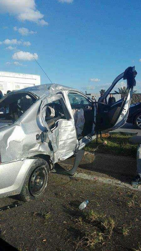 حادثة سير مروعة تودي بحياة شخصين وإصابة ستة آخرين + صور