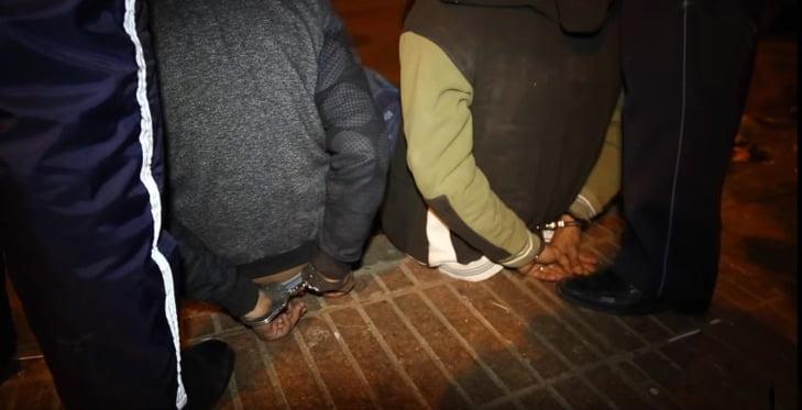 إيقاف شخصين يرتبطان بشبكة إجرامية تنشط في تزييف العملة الوطنية
