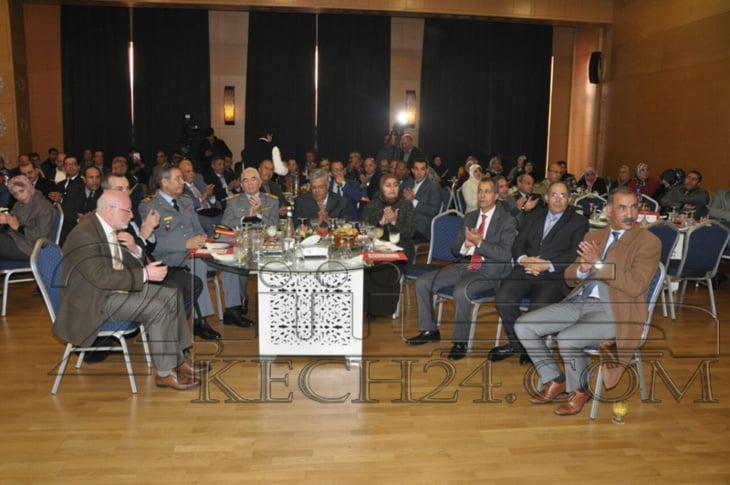 بالصور: أسرة الجمارك بمراكش تحتفي بموظفيها بحضور والي الجهة