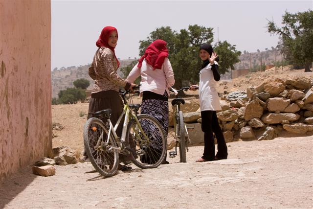 تقرير صادم يرسم صورة سوداء عن تمدرس الفتيات بجهة مراكش