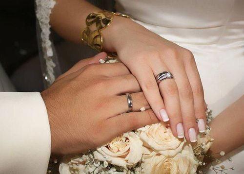 صدق أو لاتصدق.. رجل يتزوج بـ250 فتاة