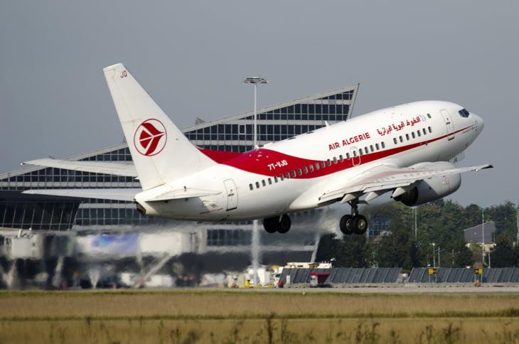 تعرض مسافر لنوبة قلبية تجبر طائرة الخطوط الجوية الجزائرية على الهبوط بفرنسا