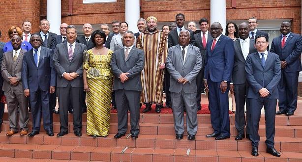هذه هي لاتفاقيات الـ19 الحكومية واتفاقيات الشراكة الاقتصادية الموقعة تحت رئاسة الملك ورئيس زامبيا