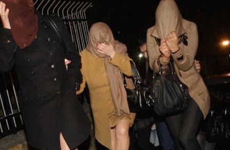 تراشق بالشتائم بين سعودية ومومسات بعد ضبطهن في شقة يكتريها زوجها بمراكش