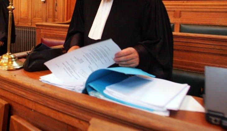 سابقة: القضاء يلحق طفلة بوالدها من علاقة غير شرعية