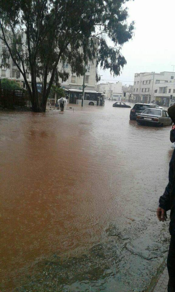 عاجل: أمطار طوفانية تغرق مدينة سلا الجديدة + صور