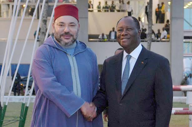 الملك محمد السادس يجري مباحثات مع الرئيس الإيفواري
