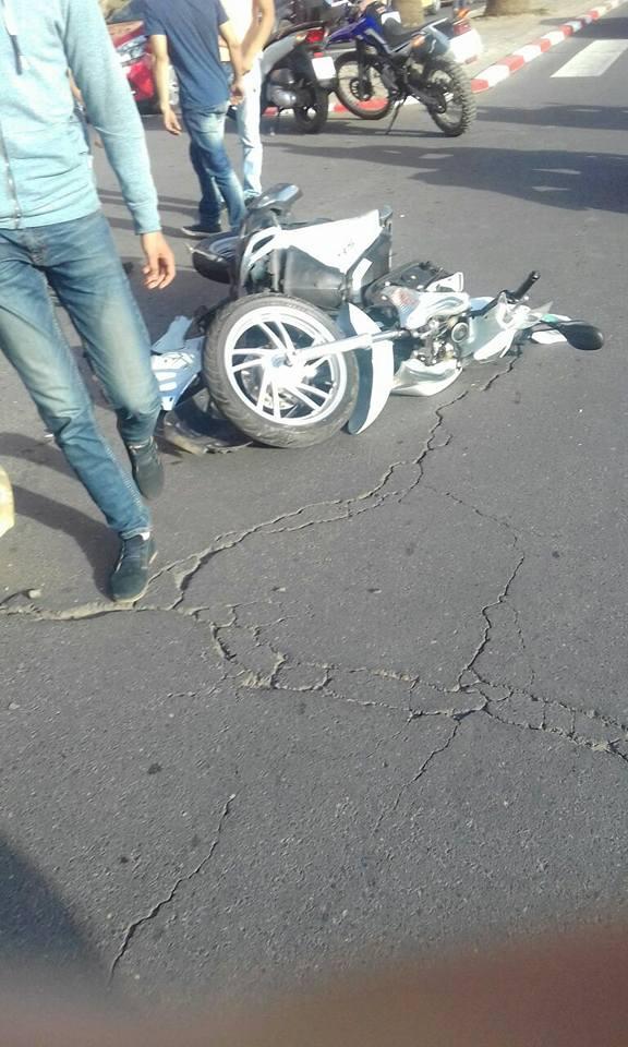 حادثة سير تتسبب لصاحب دراجة نارية في كسر رجله بمراكش + صورة