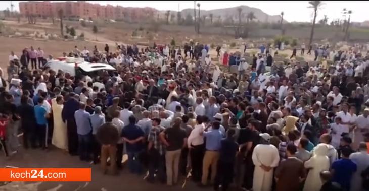 مراكش تودع الشاب ضحية جريمة القتل المافيوزية بحضور كبار المسؤولين
